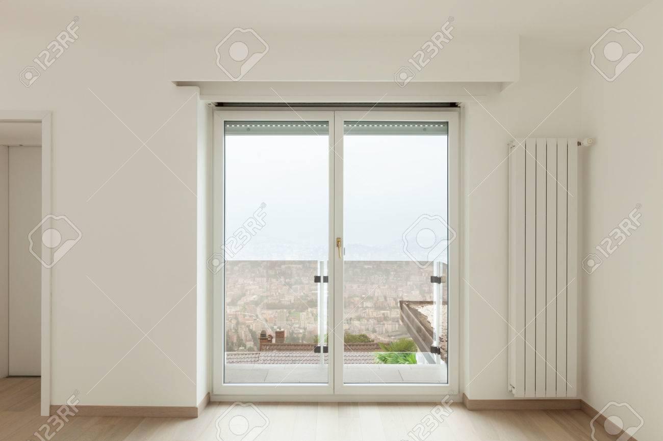 Innenraumfenster  Schöne Neue Wohnung, Innenraum, Fenster-Ansicht Lizenzfreie Fotos ...