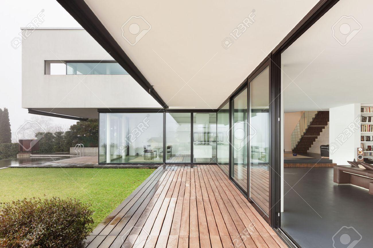 Architektur, Schöne Innenausstattung Einer Modernen Villa, Blick Von ...