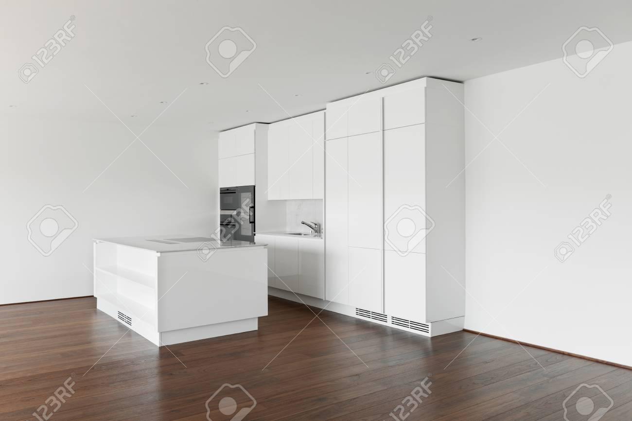 Parkett Küche | Schone Leere Wohnung Mit Parkett Moderne Kuche Lizenzfreie Fotos
