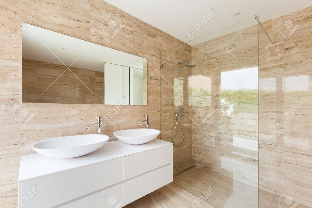 Nice Modern Bathroom, Marble Walls Stock Photo   33884656