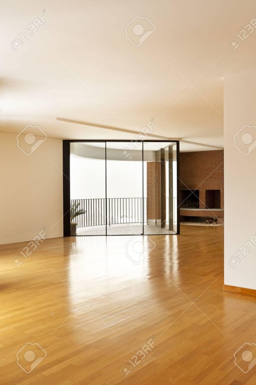 Innenraumfenster  Schöne Wohnung Innenraum, Fenster Und Kamin Lizenzfreie Fotos ...