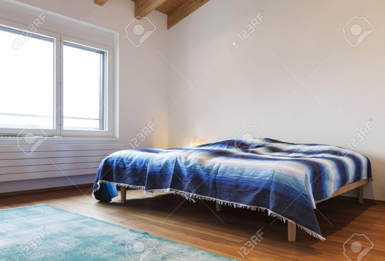 Schone Moderne Loft Schlafzimmer Holzboden Lizenzfreie Fotos