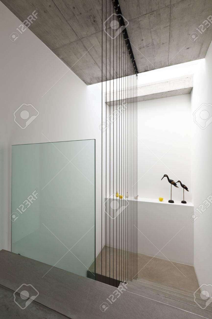 Escalier Interieur Maison Moderne belle maison moderne dans le ciment, intérieur, escalier