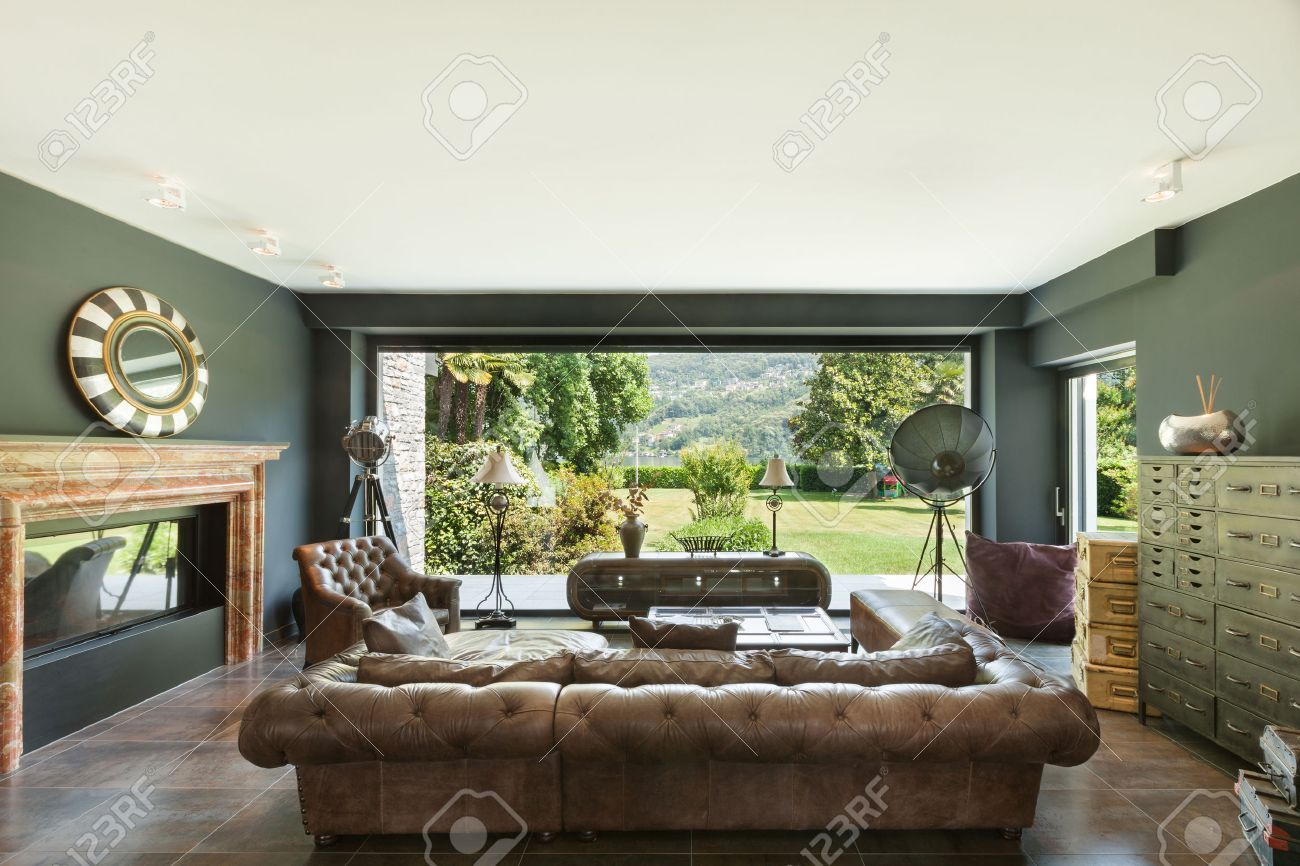 Schönes Wohnzimmer, Klassische Möbel, Innen Lizenzfreie Fotos ...