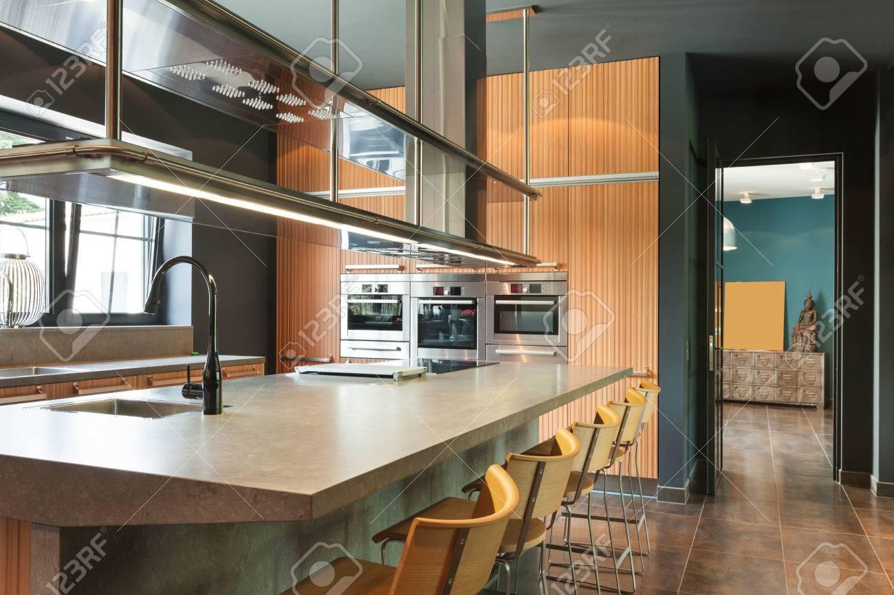 Innen Modernes Haus, Schöne Küche Lizenzfreie Fotos, Bilder Und ...
