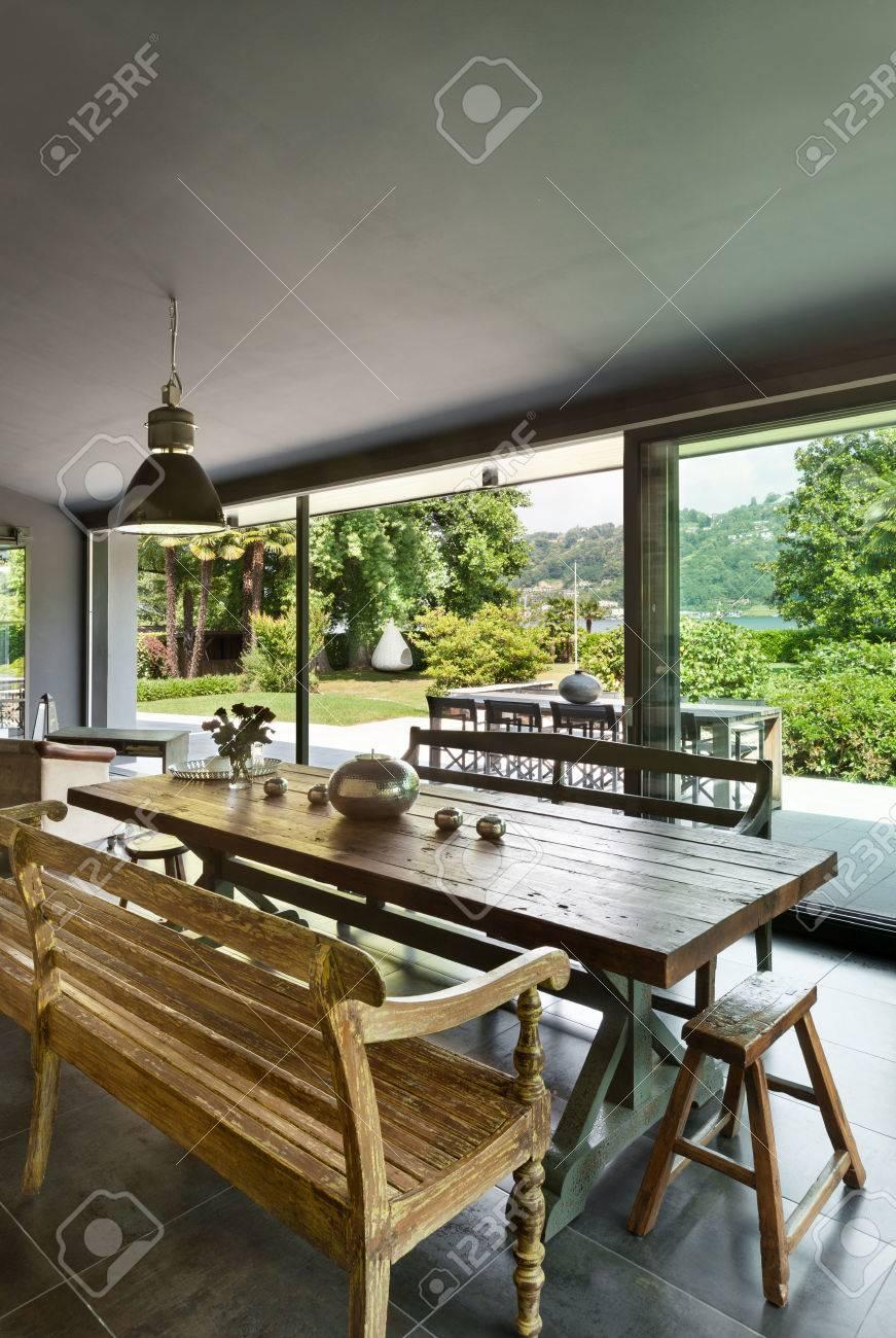Beeindruckend Rustikale Möbel Galerie Von Interieur, Modernes , Esszimmer. Möbel Standard-bild -