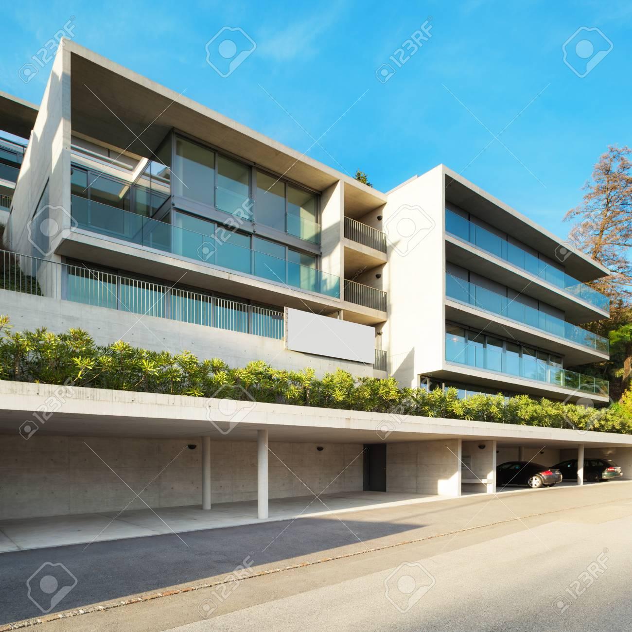 Moderne Architektur, Gebäude, Blick Von Außen Standard Bild   41462012
