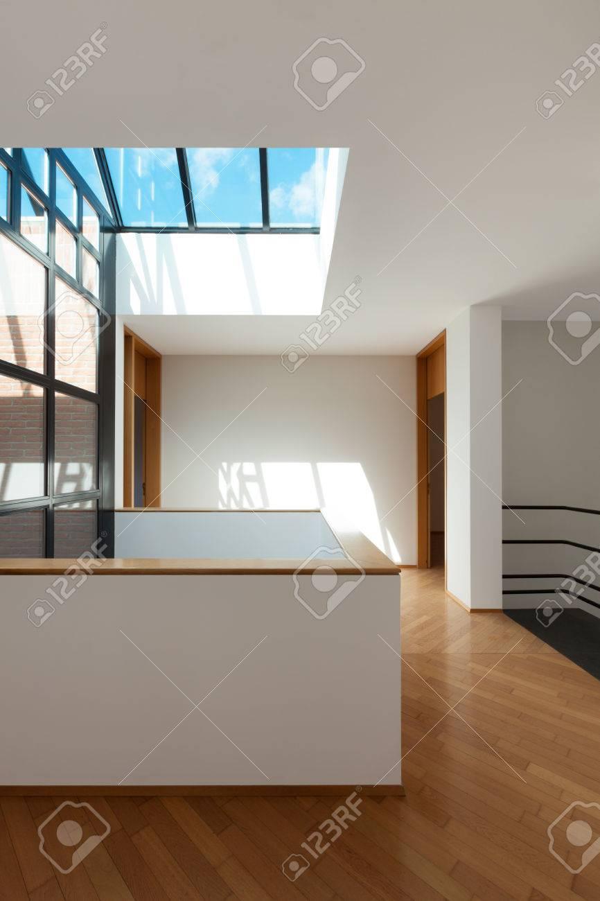 Innenausstattung wohnung  Architektur, Innenausstattung, Der Leeren Wohnung, Durchgang Mit ...
