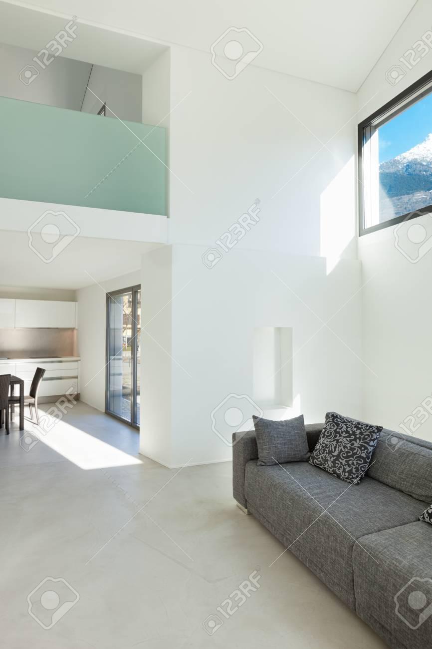 L\'architecture, de l\'intérieur d\'une maison moderne, salon