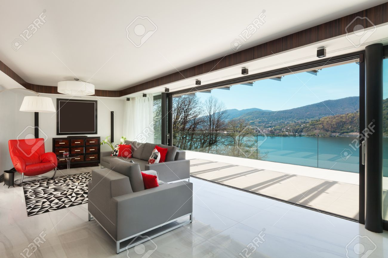Modern House Beautiful Veranda Overlooking he Lake, Interior ... - ^