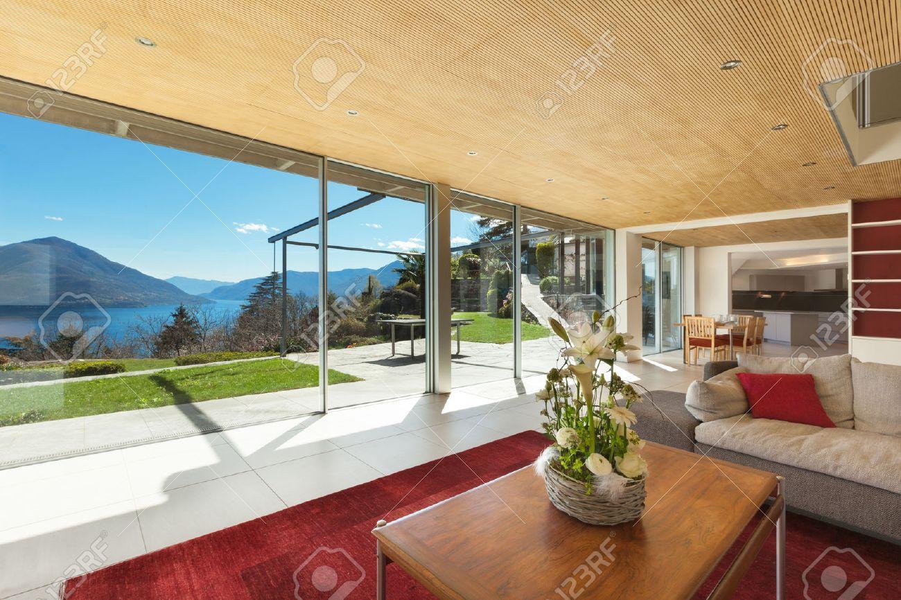 mountain house modern interior, living room Standard-Bild - 44127132