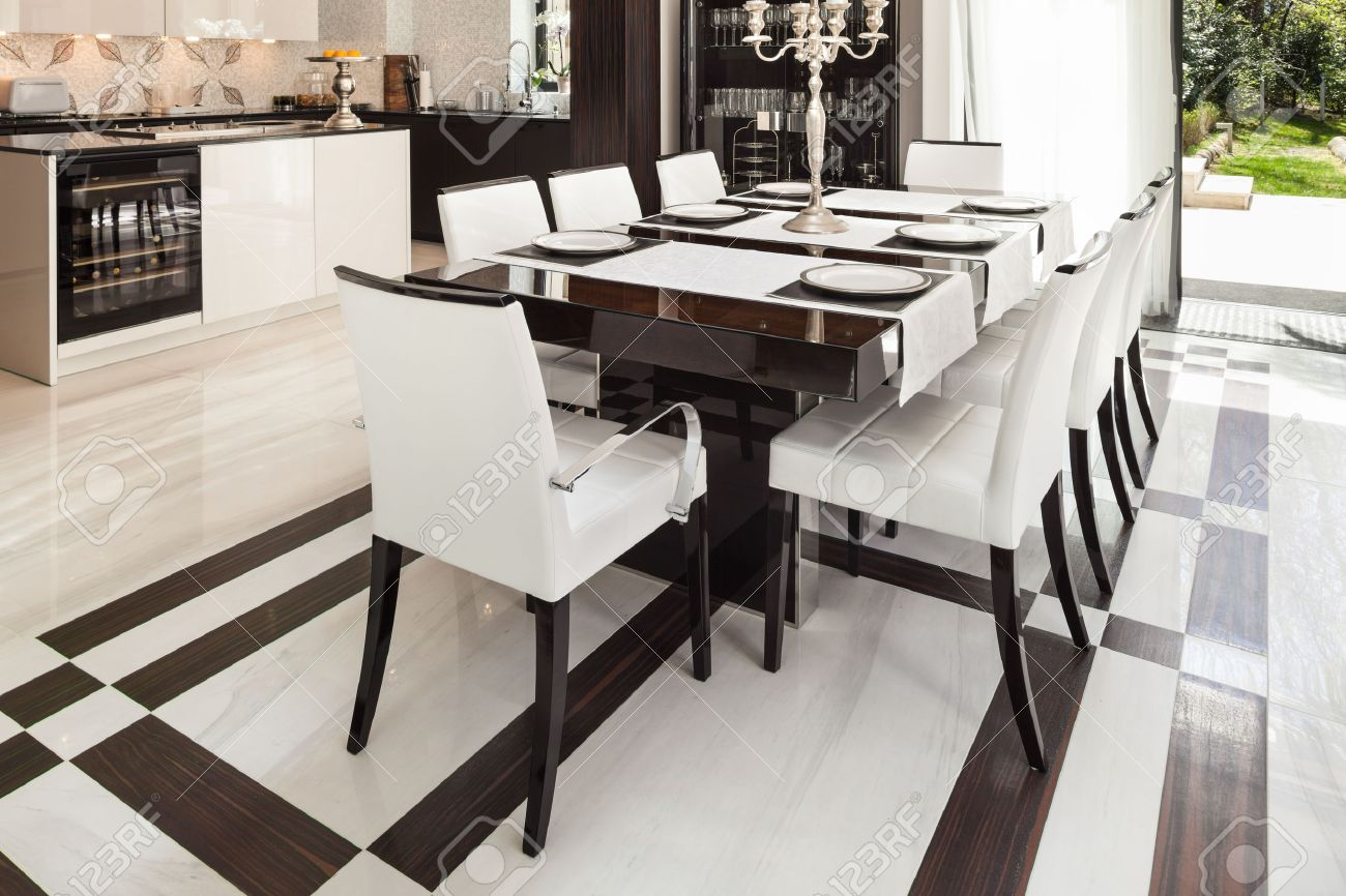 Modern House Interiors, Dining Room Stock Photo, Picture And Royalty ...