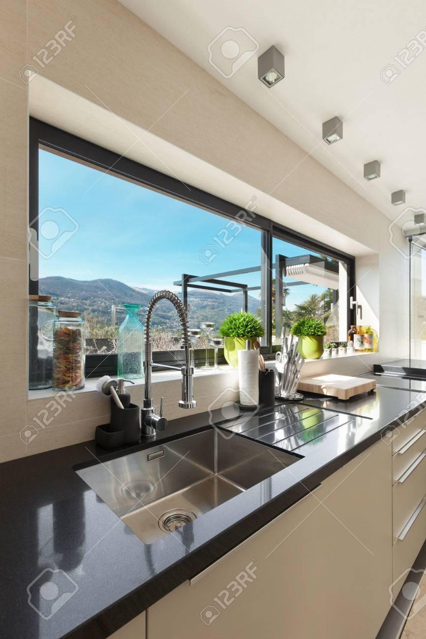 Beau Architecture, Maison Moderne, Belle Inters, Détail Cuisine Banque Du0027images    44078781