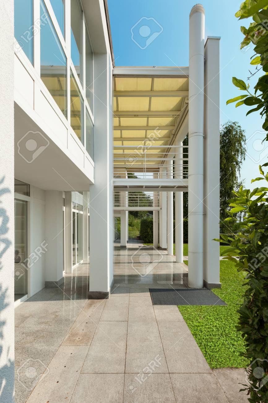 Architecture, Porche D\'une Maison Moderne, Extérieur Banque D\'Images ...