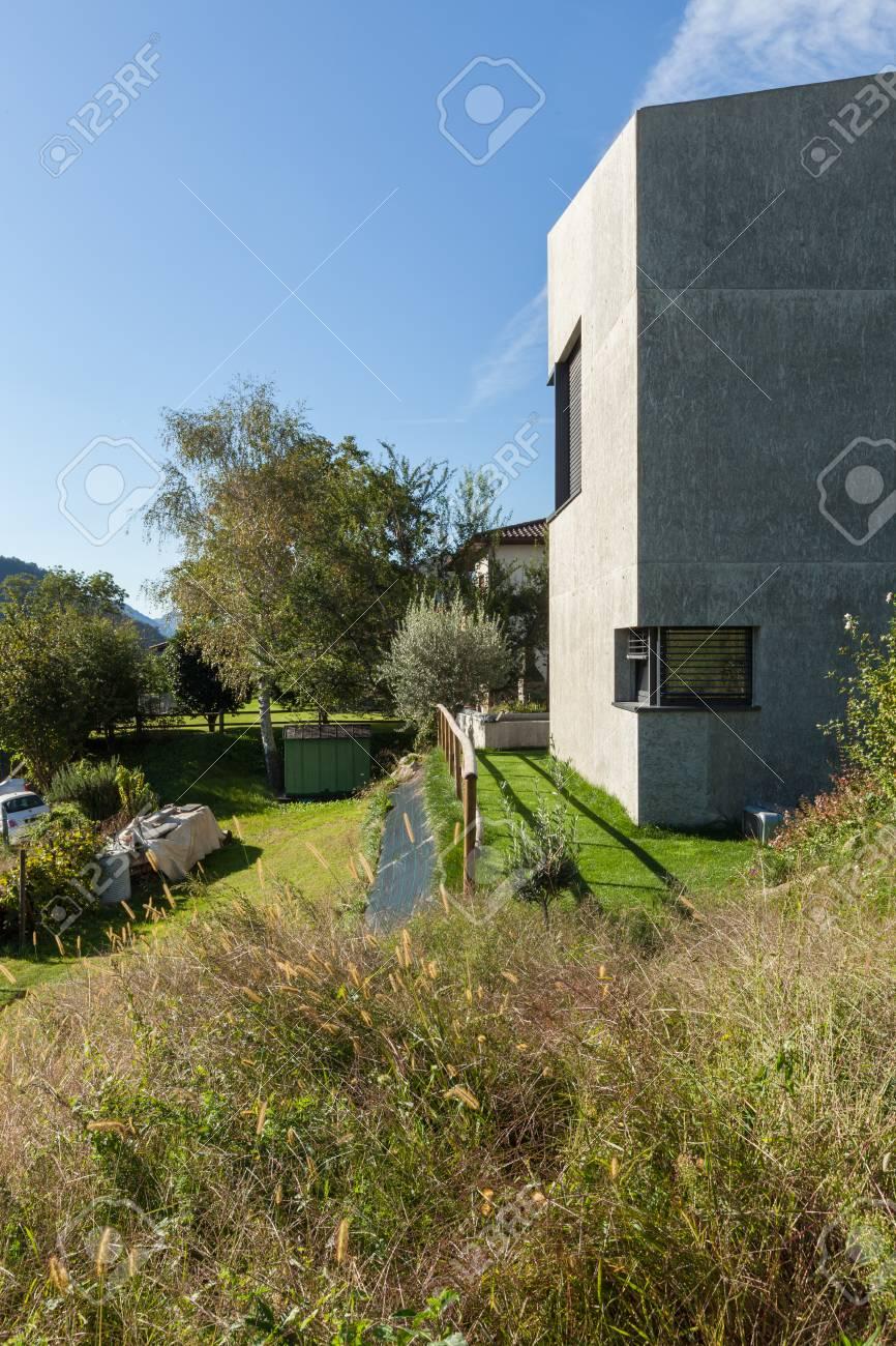 Maison Moderne, Béton Carré Minimaliste Banque Du0027images   47199044