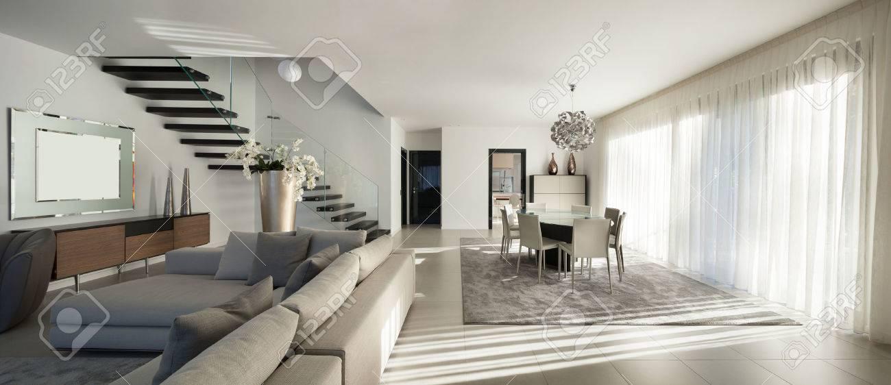 Moderne Wohnung innenraum einer modernen wohnung, gemütliches wohnzimmer lizenzfreie