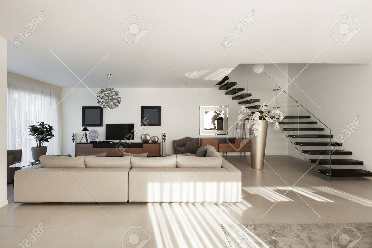 Interior of a modern apartment, comfortable living room Standard-Bild - 50592623