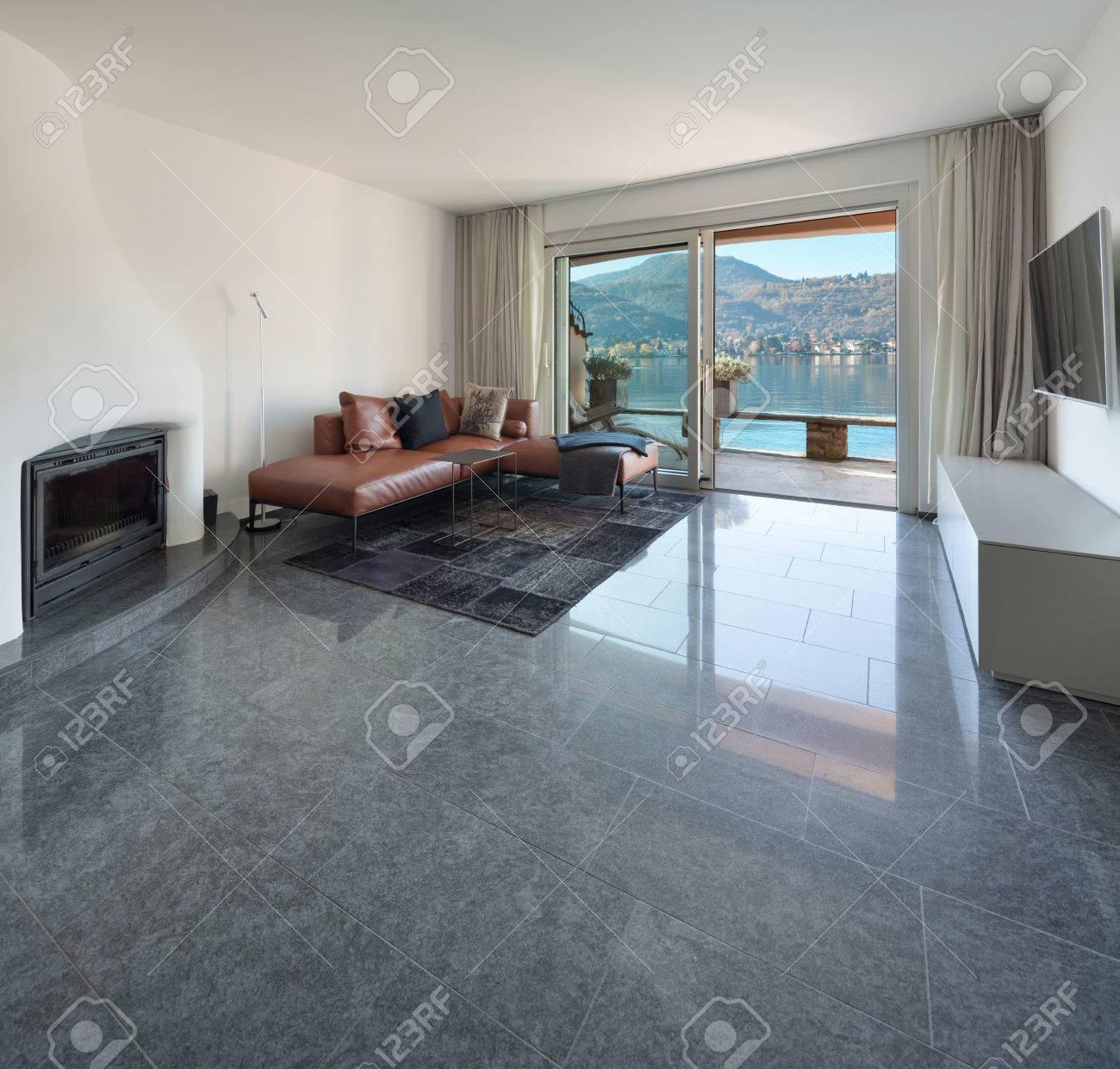 Interieur Des Hauses, Modernen Wohnraum, Marmorfußboden Lizenzfreie ...