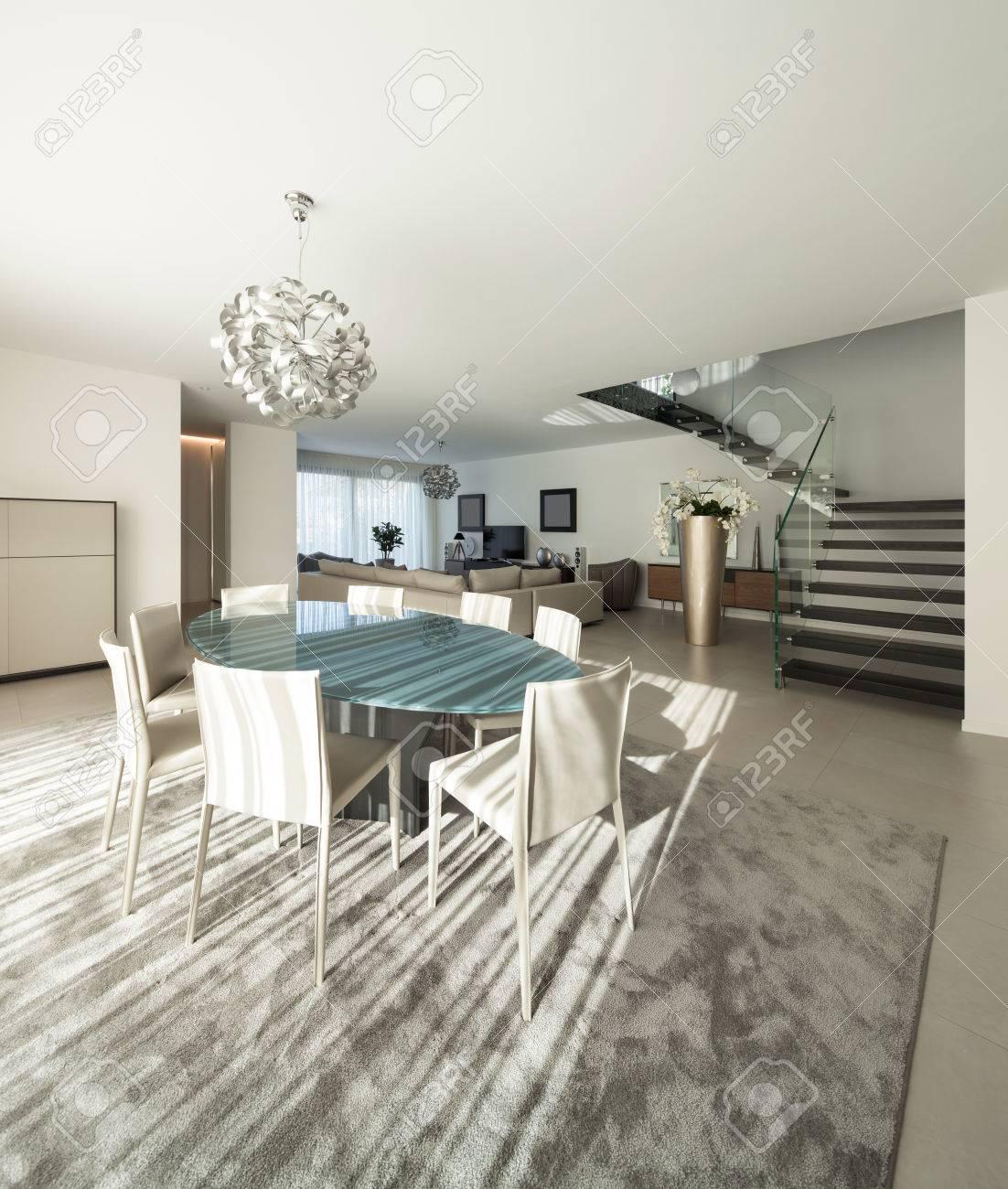 Beeindruckend Gemütliches Wohnzimmer Das Beste Von Innenraum Einer Modernen Wohnung, Gemütliches Standard-bild -