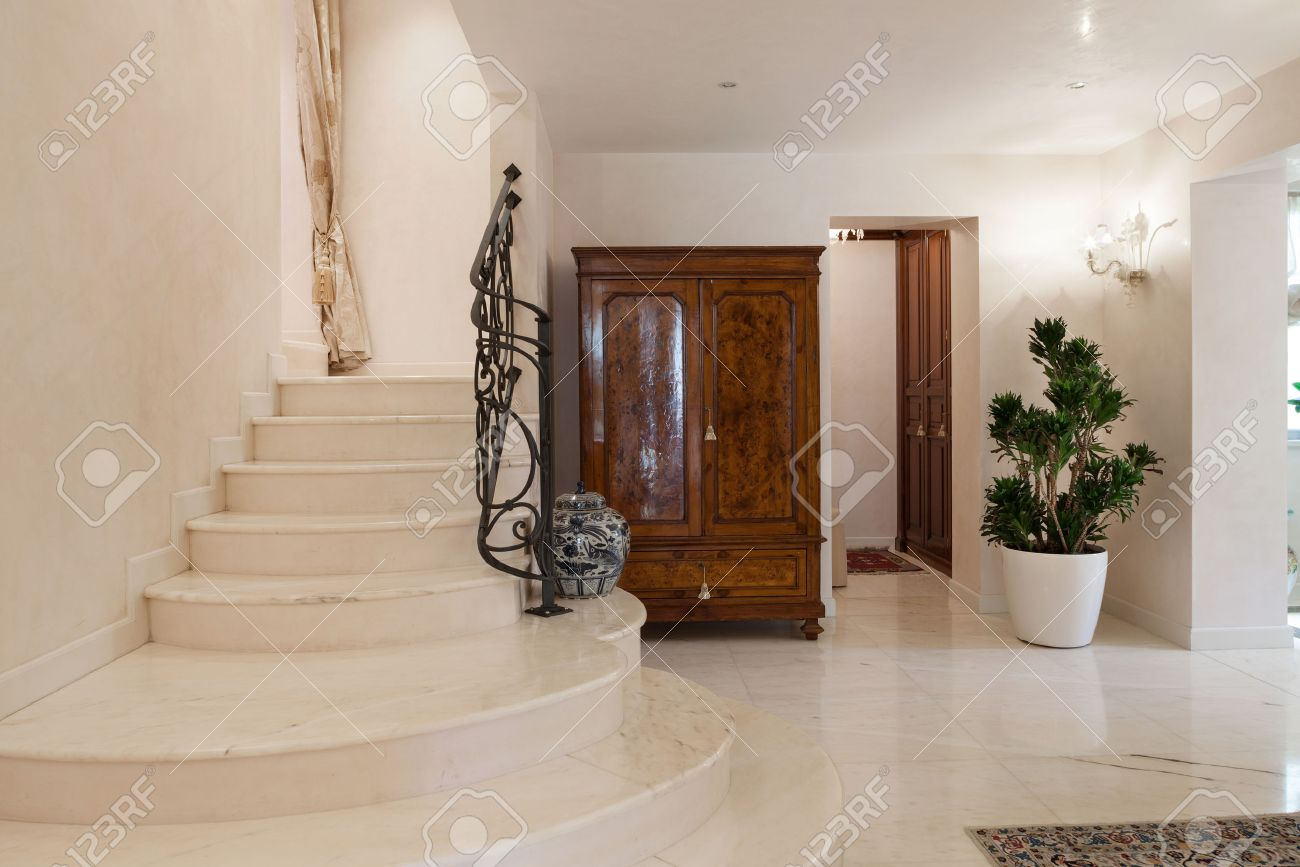 Hall Of A Luxury Mansion, Marble Staircase Stock Photo   53299228