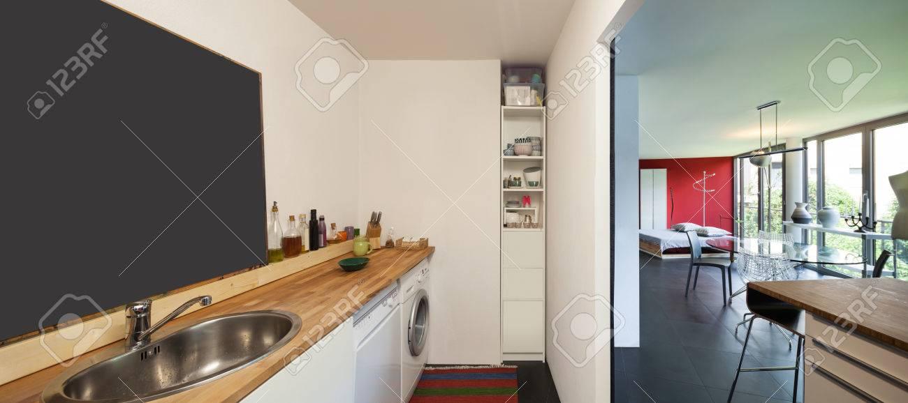 Intérieur Dun Studio Lave Linge Et Lave Vaisselle Banque Dimages