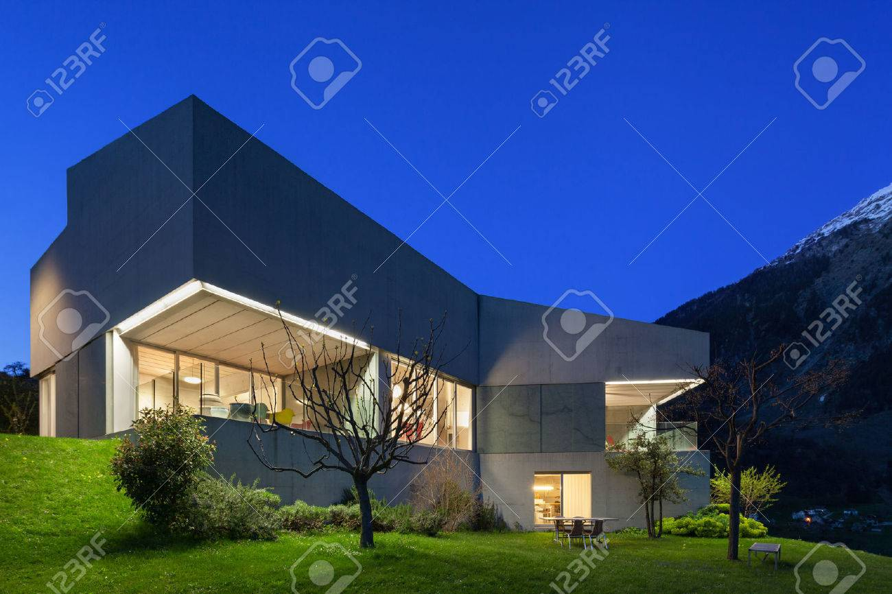 Architecture modern design, concrete house, night scene Archivio Fotografico - 59000320