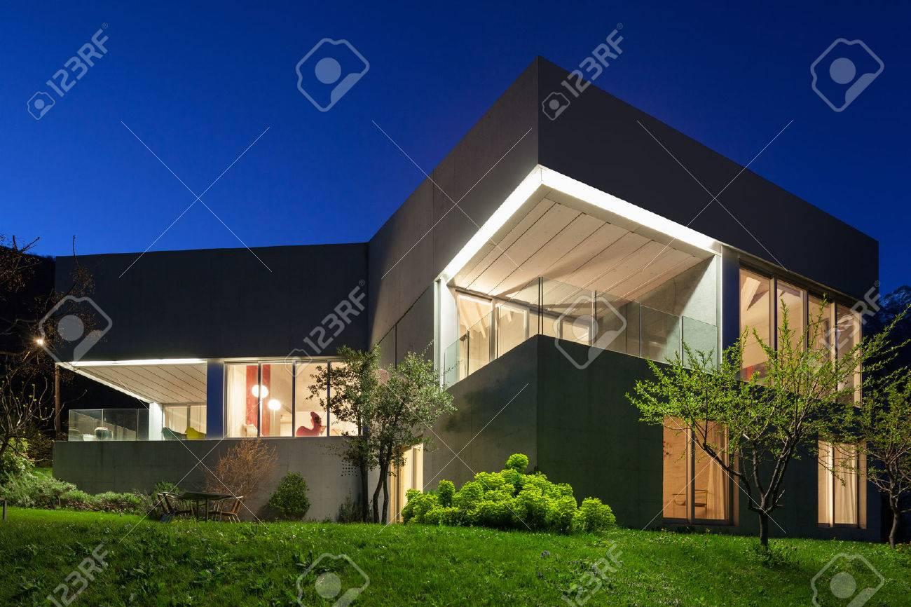 Architecture modern design, concrete house, night scene Archivio Fotografico - 59000262