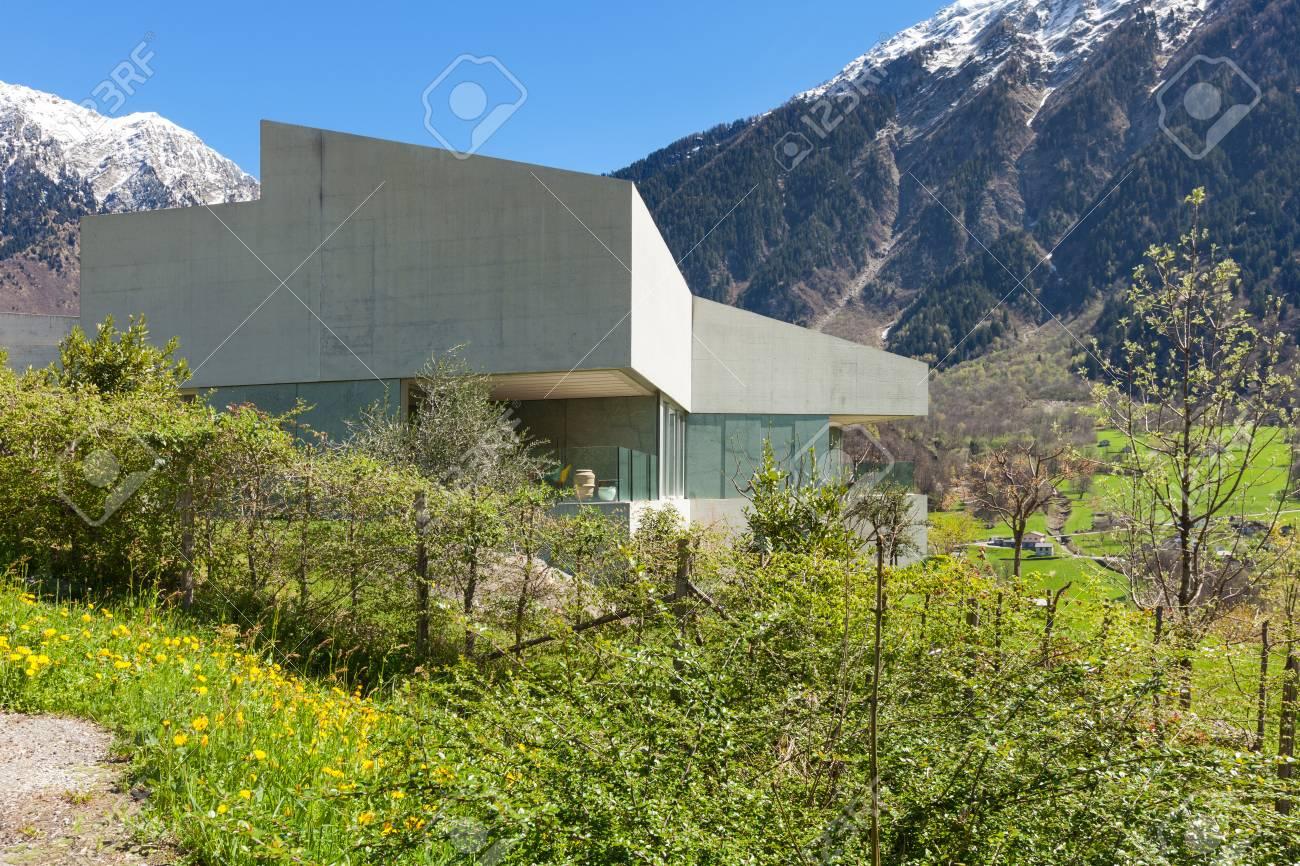 Architektur Modernes Design, Haus Aus Beton, Außen Lizenzfreie Fotos ...