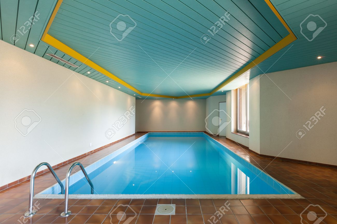 Architecture, house with indoor swimming pool - 59668716