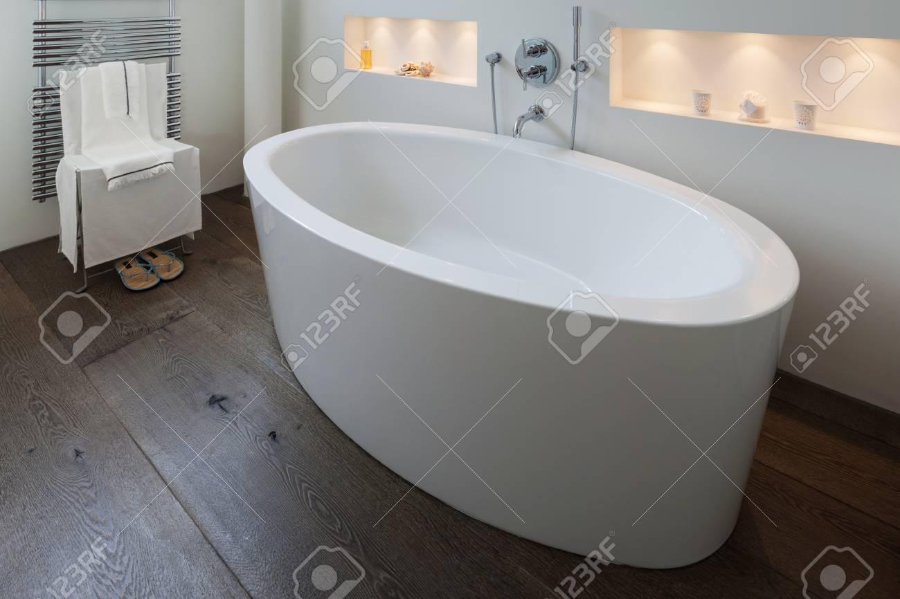 Vasca Da Bagno Design Moderno : Vasche da bagno design moderno interesting realizzata in