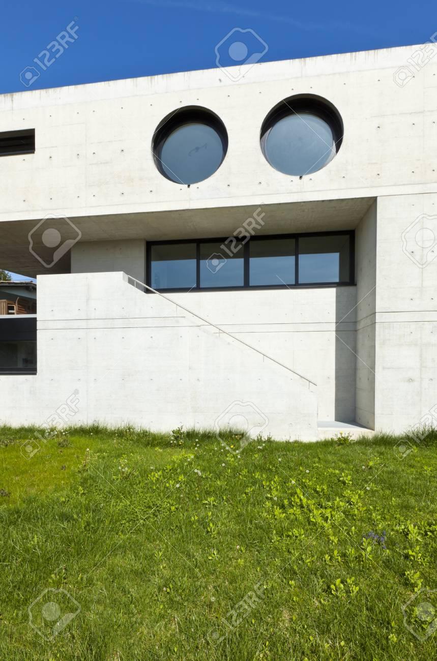 Belle Maison Moderne En Ciment, Extérieure, Façade Banque D\'Images ...