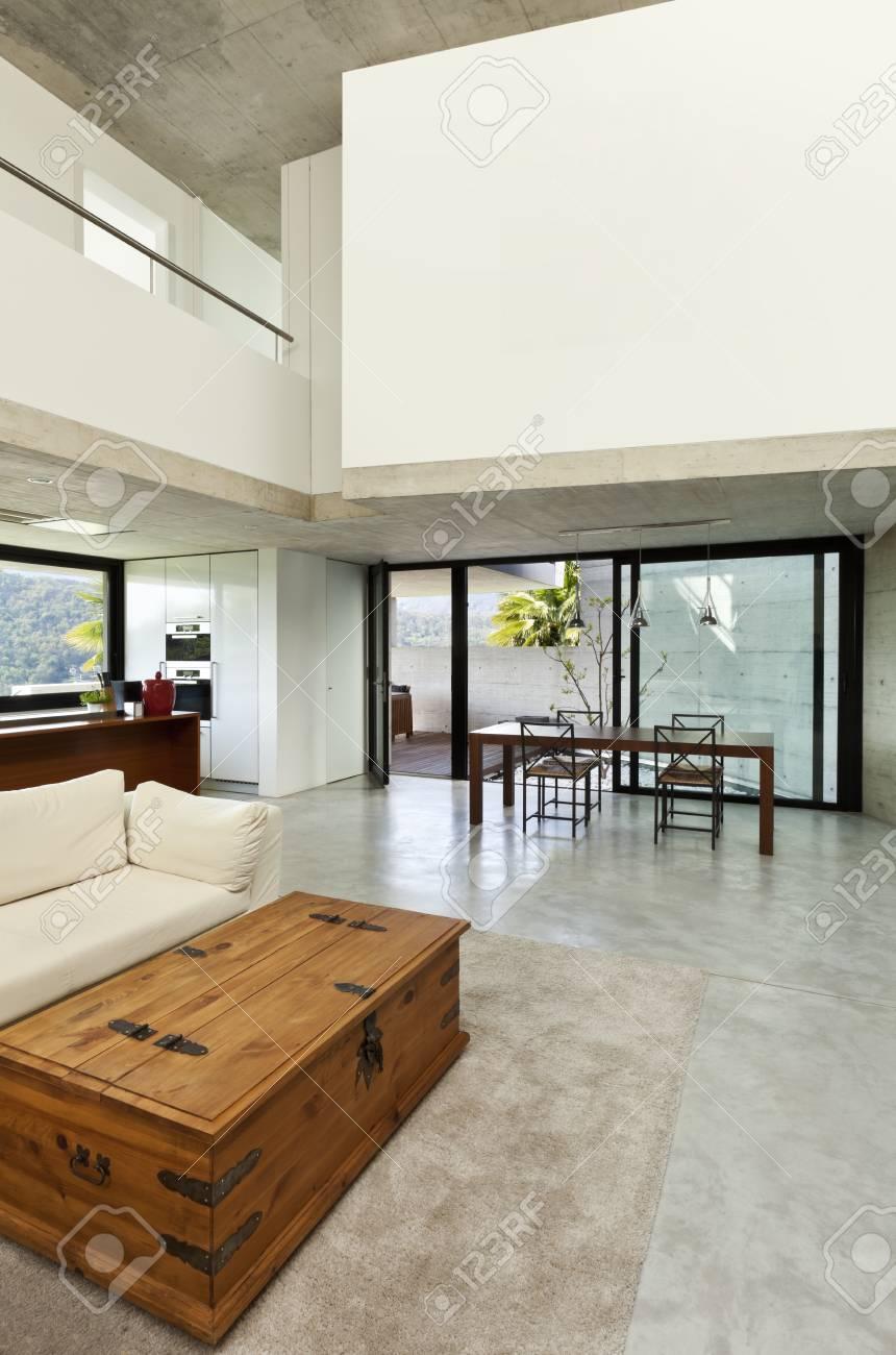 Belle Maison Moderne En Ciment Interieur Salon Banque D Images Et