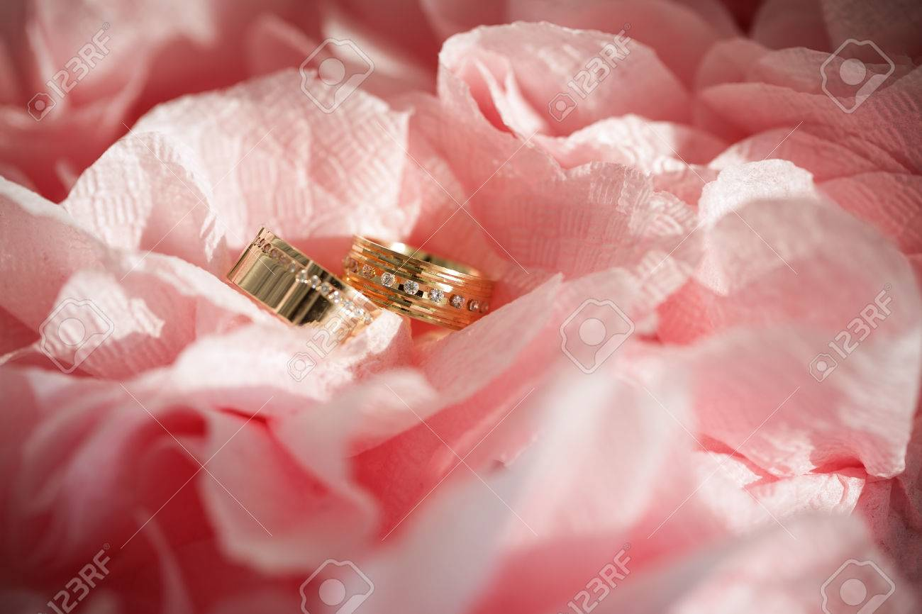 Wedding Ring In Flowers Background Stock Photo, Picture And Royalty ...