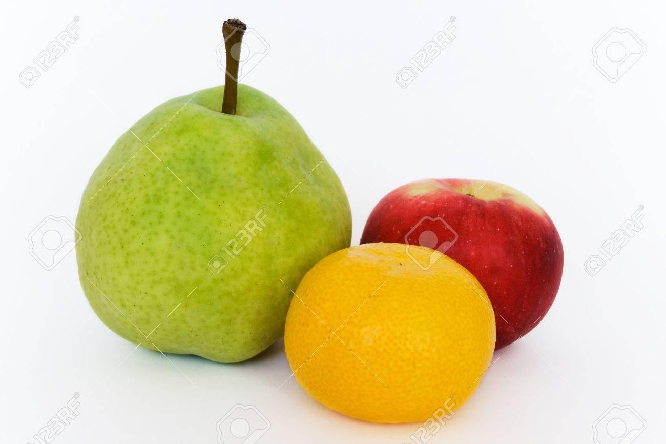 Resultado de imagen de mandarina pera y manzana