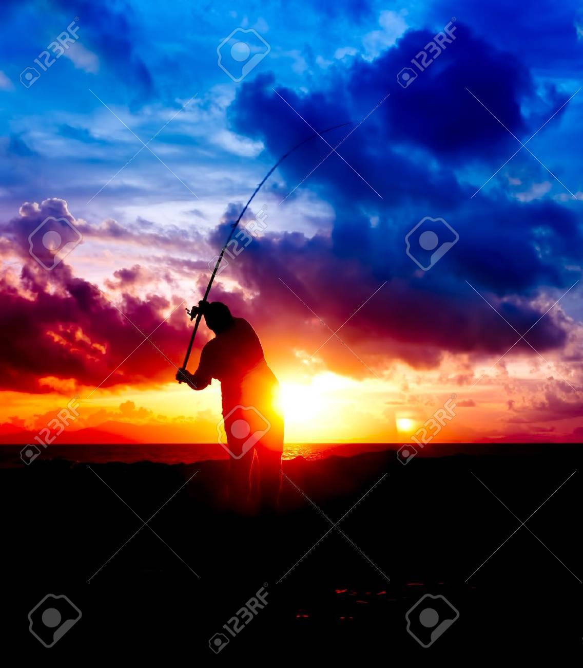 silhouette man fishing Stock Photo - 10471925