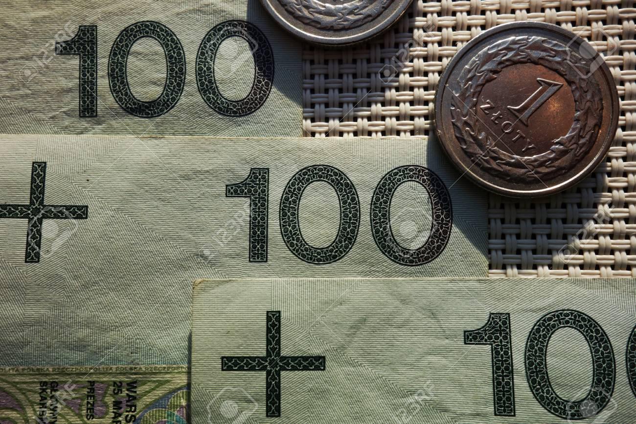Polnisches Geld Hundert Goldene Banknoten Und Münzen Lizenzfreie