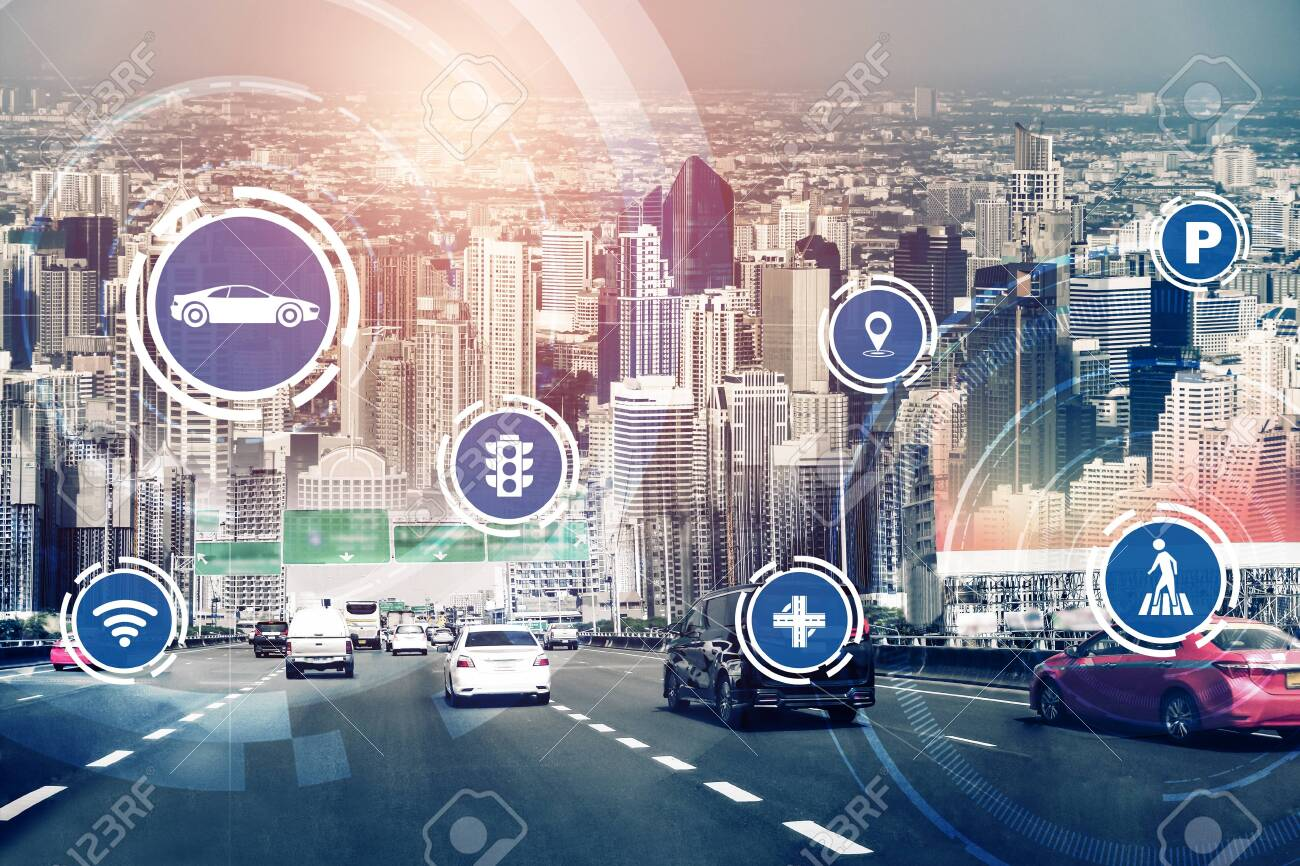 Smart transport technology concept for future car traffic on road . Virtual intelligent system makes digital information analysis to connect data of vehicle on city street . Futuristic innovation . - 152122704
