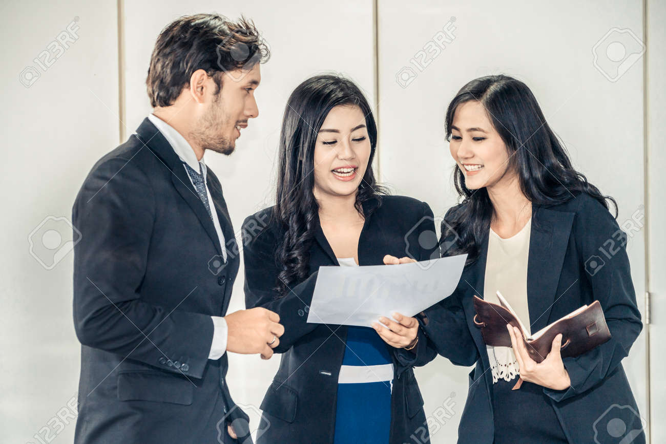 Business people in group meeting working in office room with colleagues. Corporate workplace concept. - 171925855