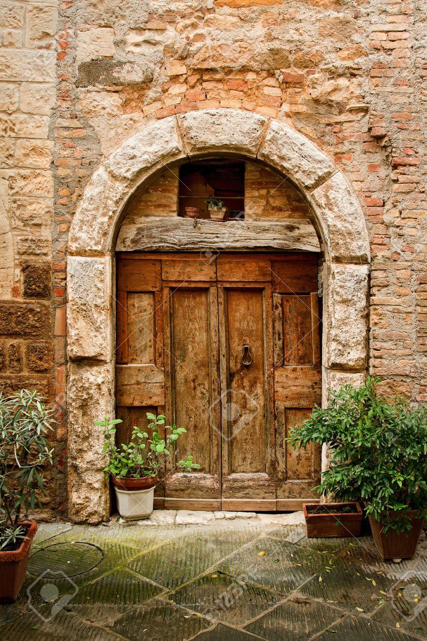 Old Doors Old Wooden Door Stock Photos Royalty Free Old Wooden Door Images