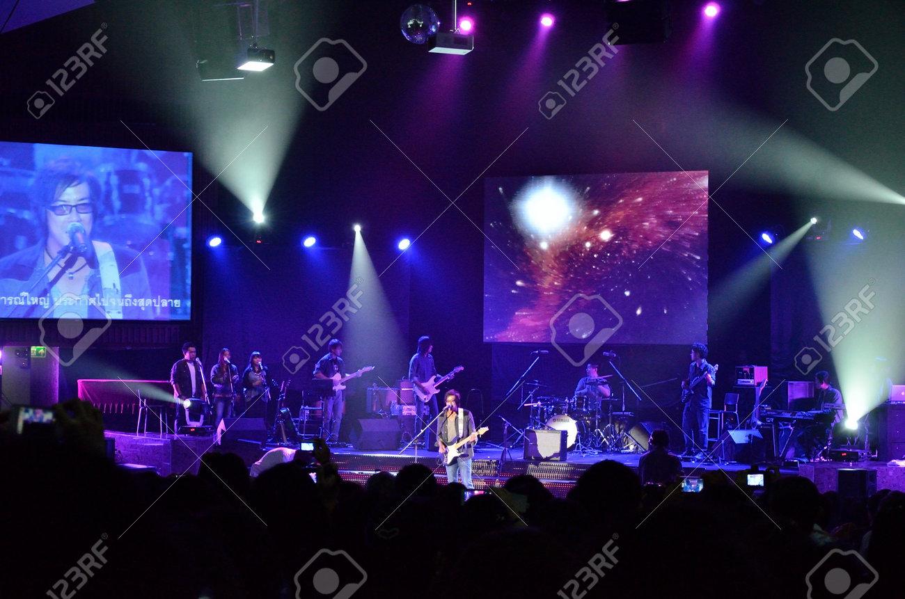 BANGKOK, THAILAND � NOV 18 : Joe  Nuvo or Jirayut Wattanasin Christian singer singing and show in Crossover Live  Concert on 18 November 2012 at Bangkok Christian College, Bangkok, Thailand Stock Photo - 16376565