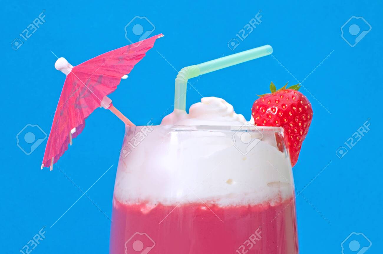 Smoothie milkshake Stock Photo - 16604196
