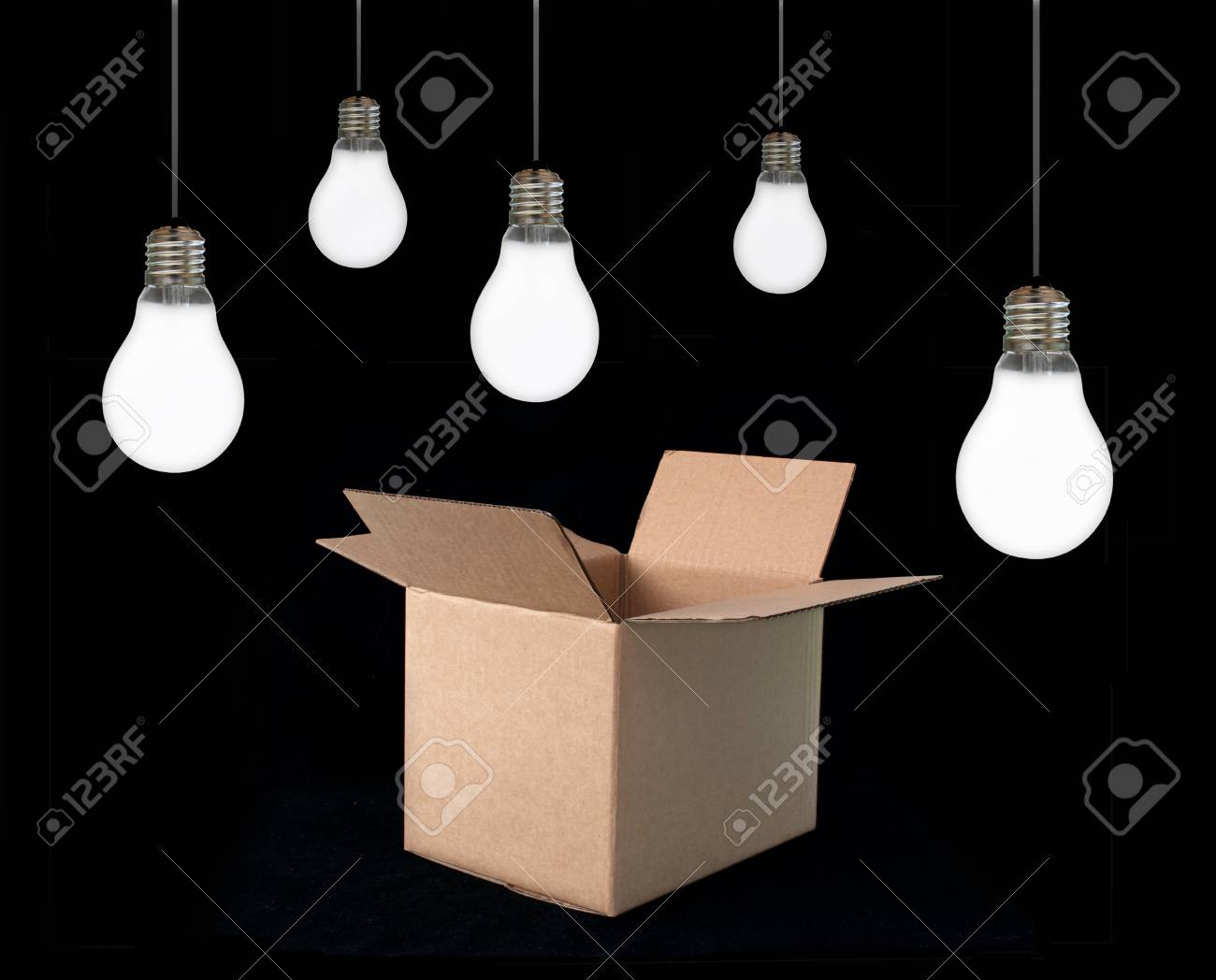Thinking out of the box Stock Photo - 16720378