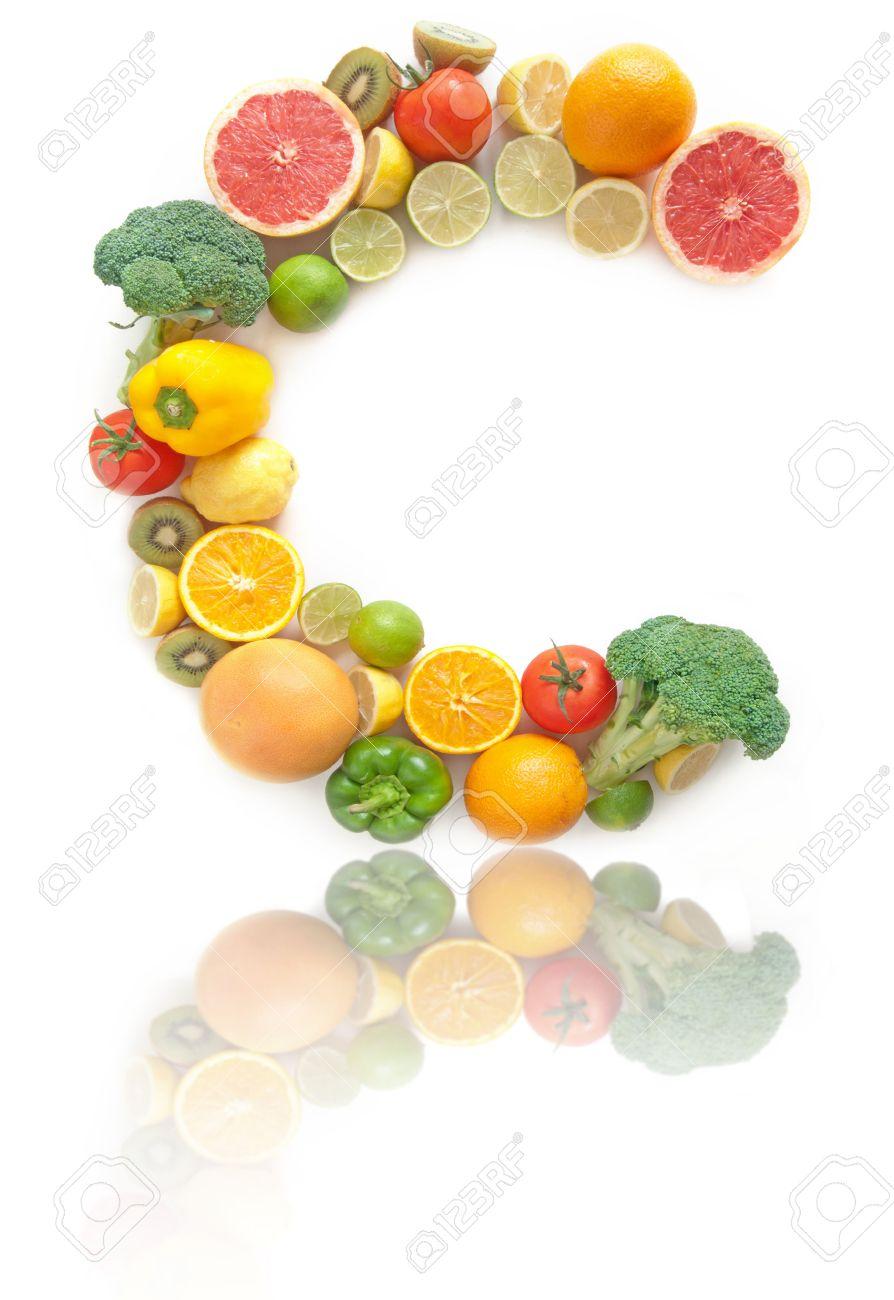 C Form Brief Aus Früchten Und Gemüse Mit Hohem Vitamin C Lizenzfreie