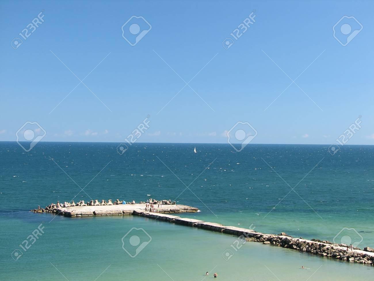 Sea dock Stock Photo - 535940