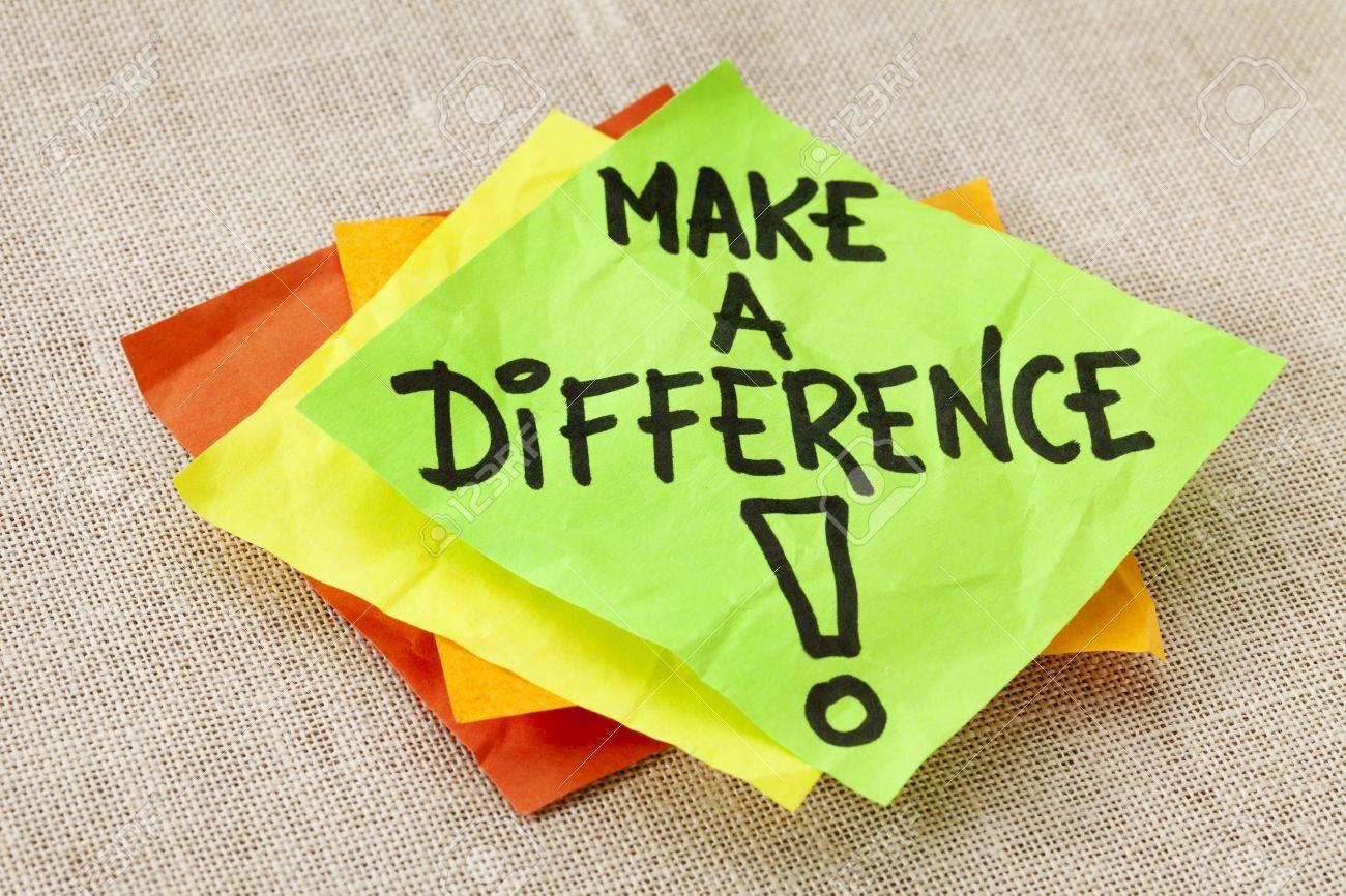 Machen Sie Einen Unterschied Motivations Erinnerung Auf Grünem
