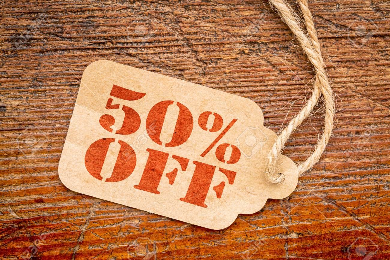 Fünfzig Prozent Aus Ein Papier Preis Gegen Rustikalen Holz