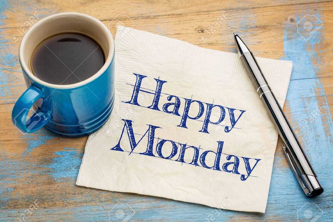 Buon Lunedi Allegro Scrittura A Mano Su Un Tovagliolo Con Una Tazza Di Caffè