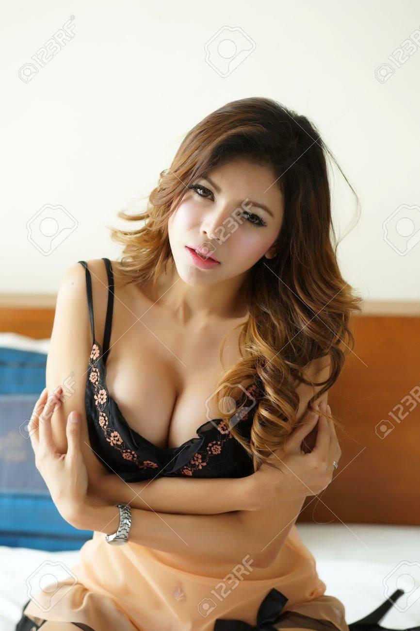 Asian females hot Obtaining Hot