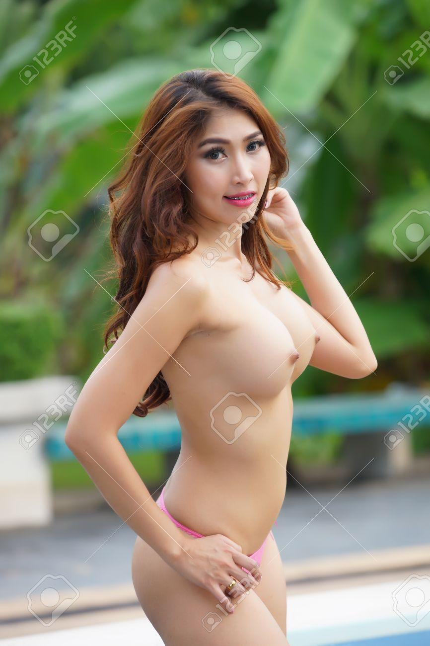 joanna krupa nude with boyfriend