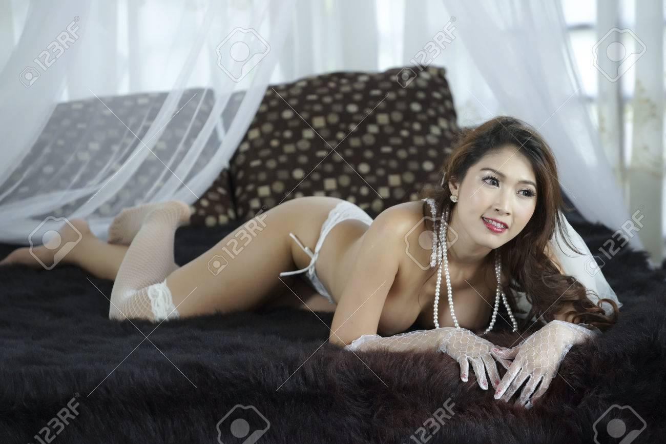 Katee owen desnuda en nude gif la webcammer reina del
